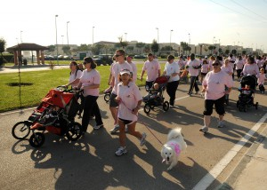 US_Navy_101023-N-3759T-036_Service_members_and_their_families_participate_in_a_1-Kilometer_walk_supporting_National_Breast_Cancer_Awareness_Month